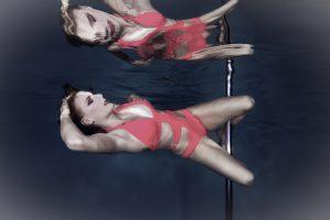 Unterwasser Pole Dance Shooting mit Fabienne